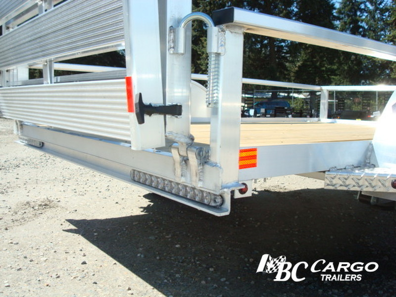 New H&H RSA Aluminum Rail Side Single Axle Utility